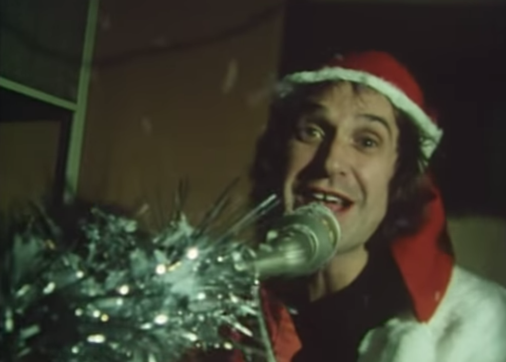 The Kinks Make You Re-Think Your Hatred For Christmas Songs – Daily ...